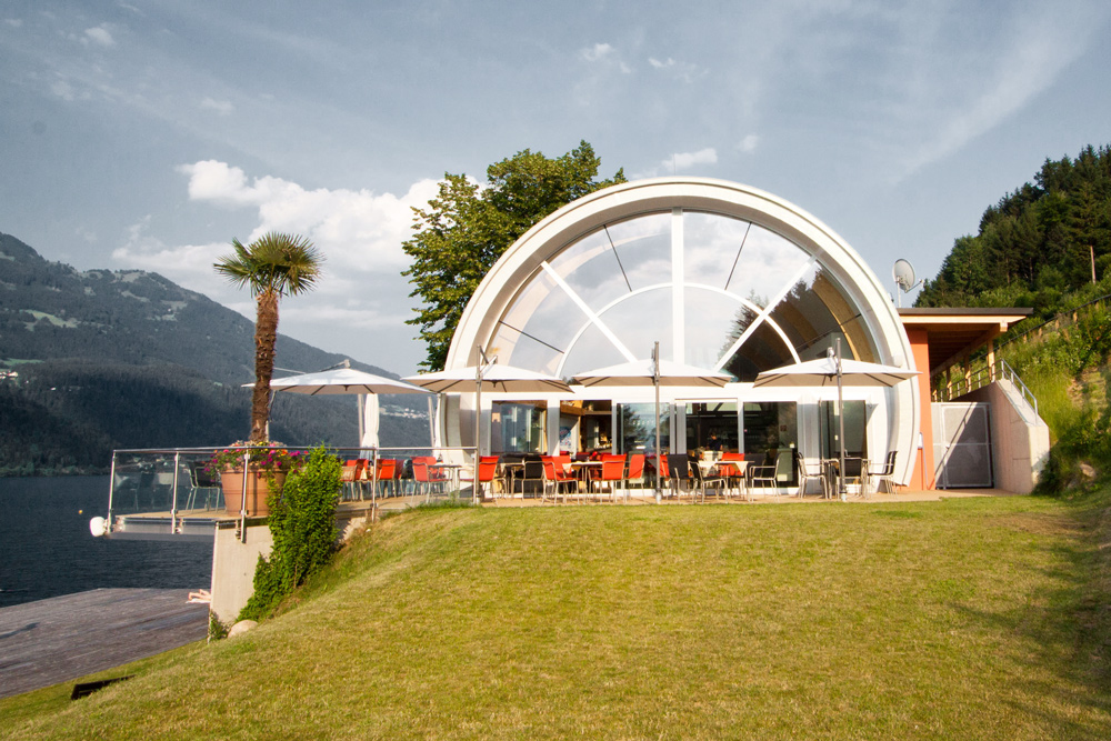 uma-architekten-lake_restaurant-12